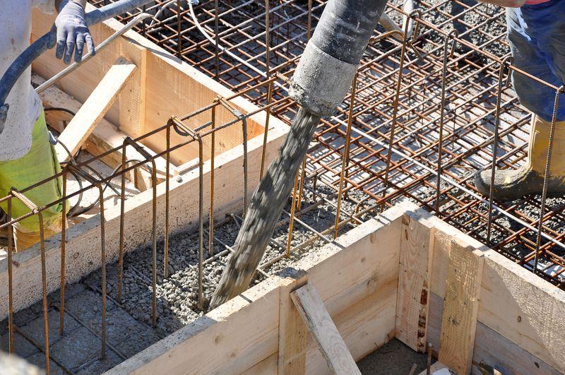 fondations en béton pour clôture